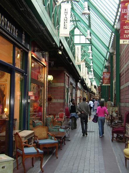 Le marché Dauphine - Puces de Paris Saint Ouen